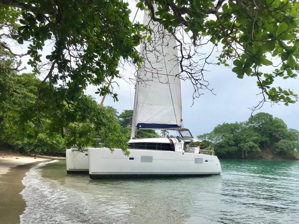 Catamaran tours Panama